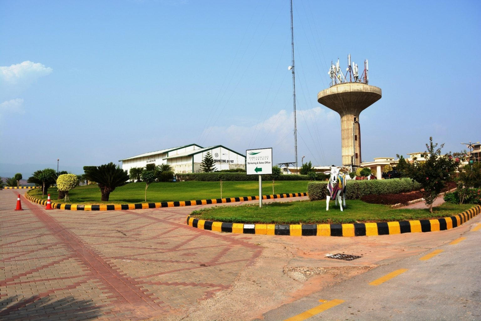 10 Marla Residential Plot for SALE – Bahria Town Lahore